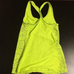 Nike Tops - Bright Nike workout tank with mesh back